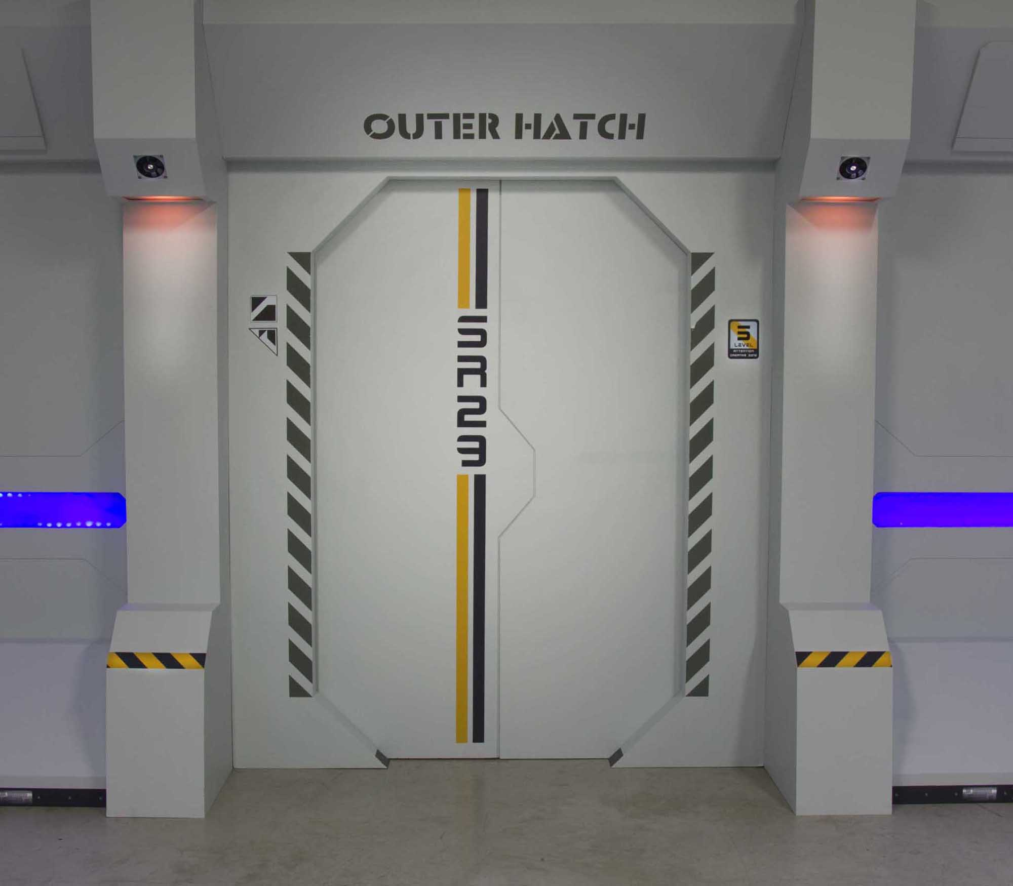outer-hatch-2